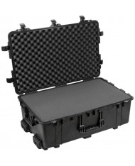 Peli 1650 Case with Foam (Black)